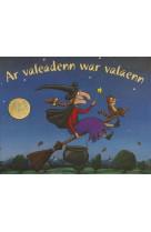 Ar valeadenn war valaenn (cd inclus)